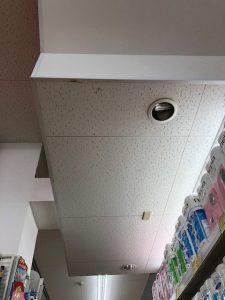 愛知県大治町の小売店にて安定器とダウンライト取替電気工事