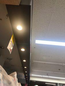 三重県桑名市の小売店にてLED照明器具へ取替電気工事
