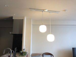 名古屋市瑞穂区の住宅にて配線ダクトの取付及びペンダントライトのコード調整電気工事